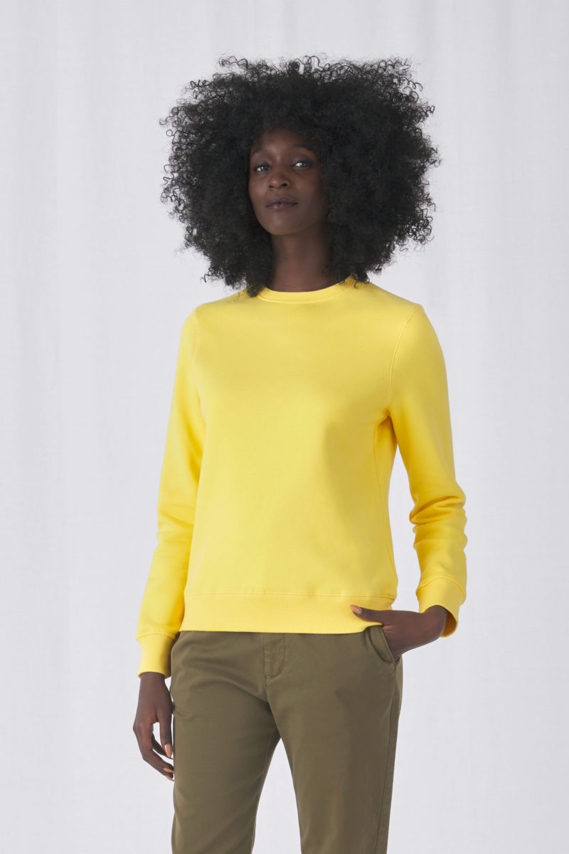 I_WW01Q_Queen-crew-neck_women_yellow-fizz_01_crop